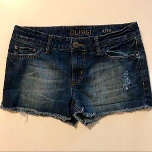 DL1961 Lola Vandal Raw Hem Cutoff Denim Shorts 27